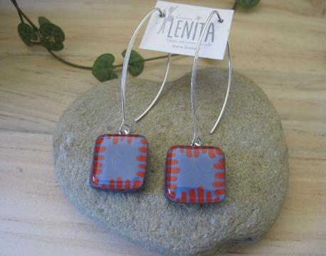 poznan-boucles-d-oreilles-carree-fermoir-long-parme-rouge-terracota