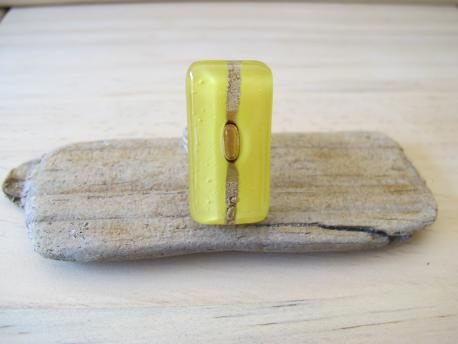 kaspali-bague-rectangulaire-jaune-pale-rose-bulle