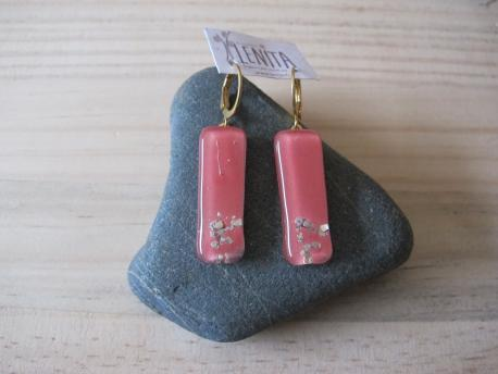 paititi-boucles-d-oreilles-rectangle-moyen-rose-bonbon